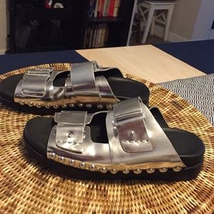 Gentle Souls Silver Leather sandals
